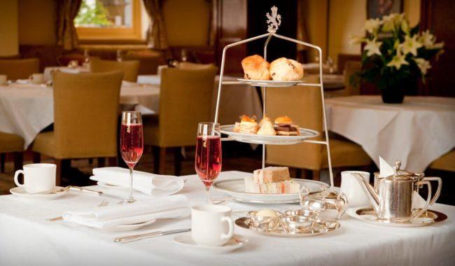 Afternoon tea at The Windsor, Melbourne