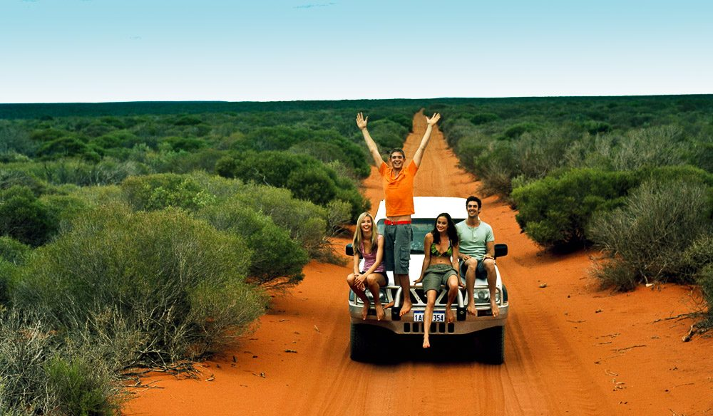 100 Things To Do Before You Die #5 Drive Around Australia Title Image