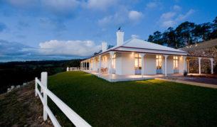 Villa Talia: A classic pastoral homestead - holiday house Huon Valley Tasmania
