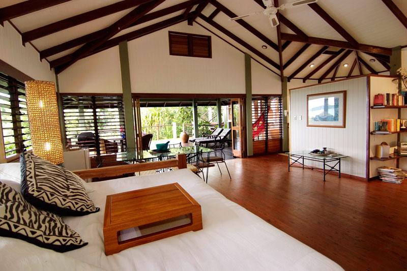 Exterior and interior of Bedarra Beach House. Image by Bedarra Beach House