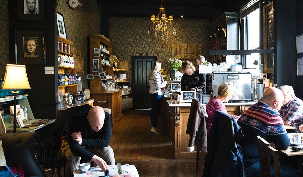 Cafe de Beaumarchais, Sassafras