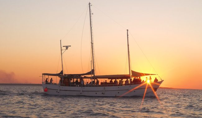 Darwin Harbour Cruise- Tumlaren Sunset