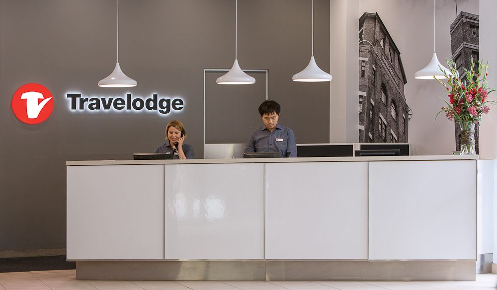 travelodge-sydney-hotel-reception-1-2015