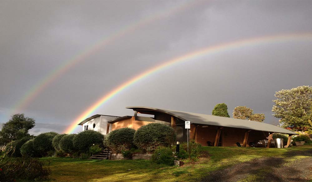 Rainbow over Wedgetail winery