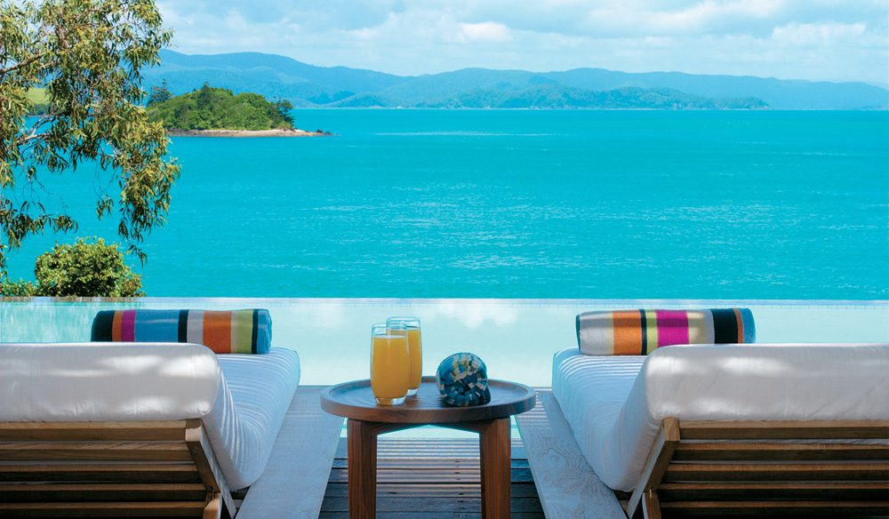 On the beach in luxury - qualia
