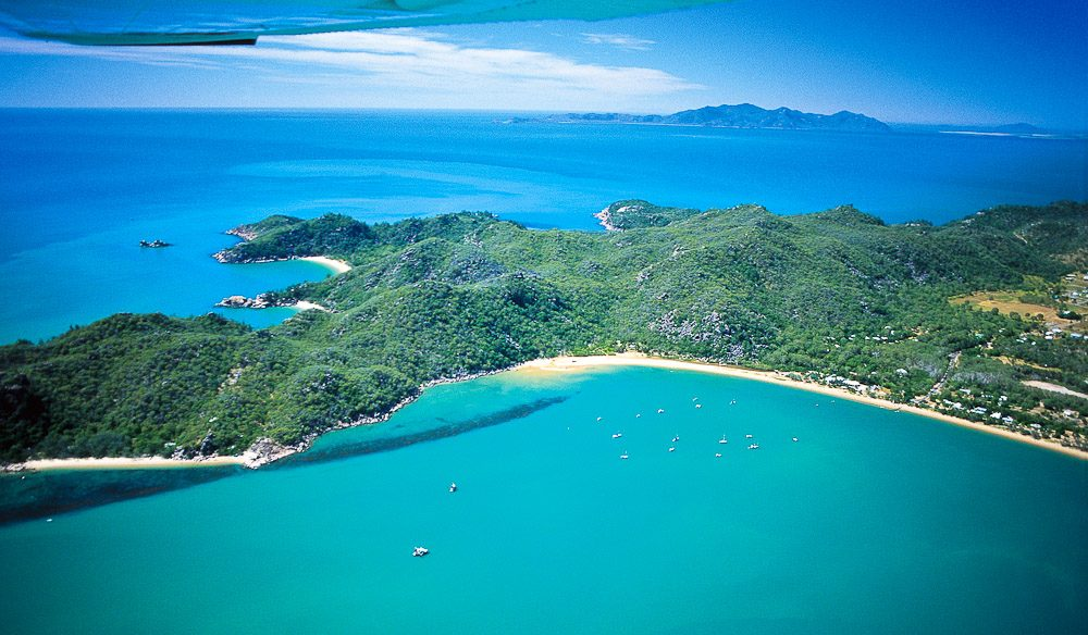 Magnetic Island from the air. Image courtesy Tourism Queensland