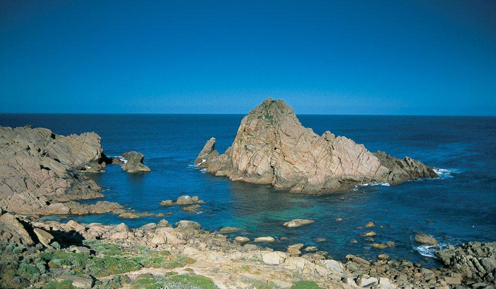Sugarloaf Rock at Eagle Bay