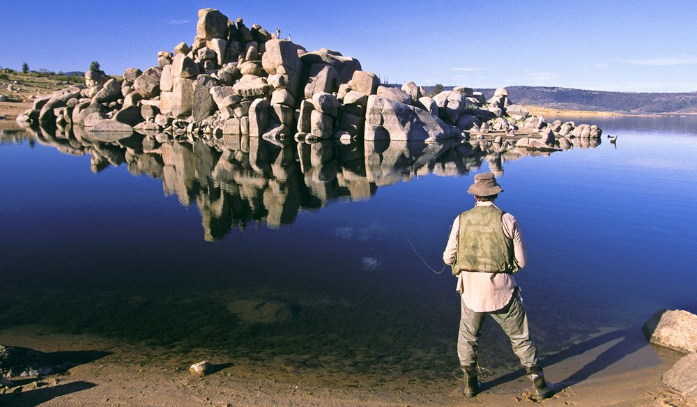 Fishing. Lake Jindabyne.