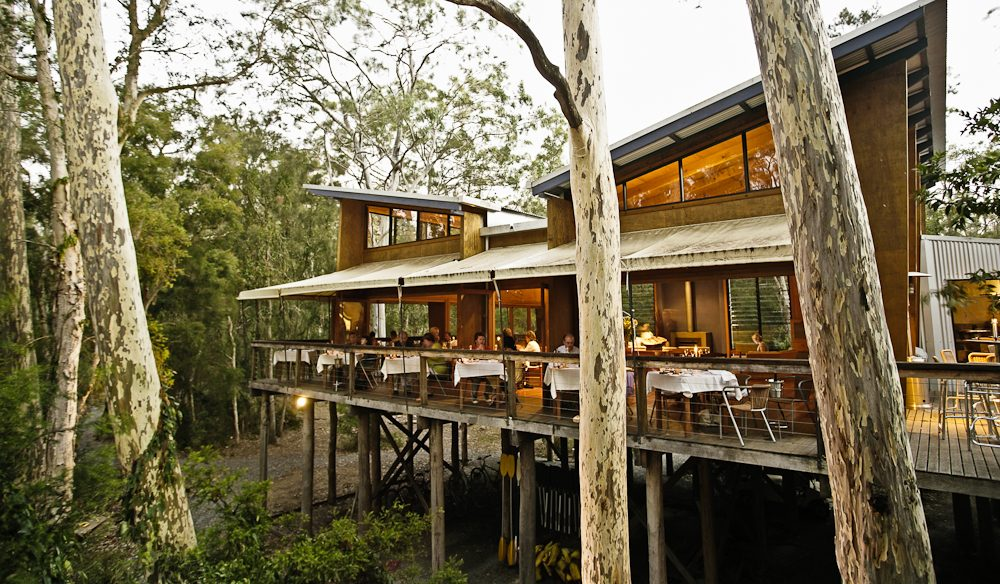 Meaning meeting place, The Gunyah Restaurant at Paperbark Camp is camp hub and a modern-day treehouse.