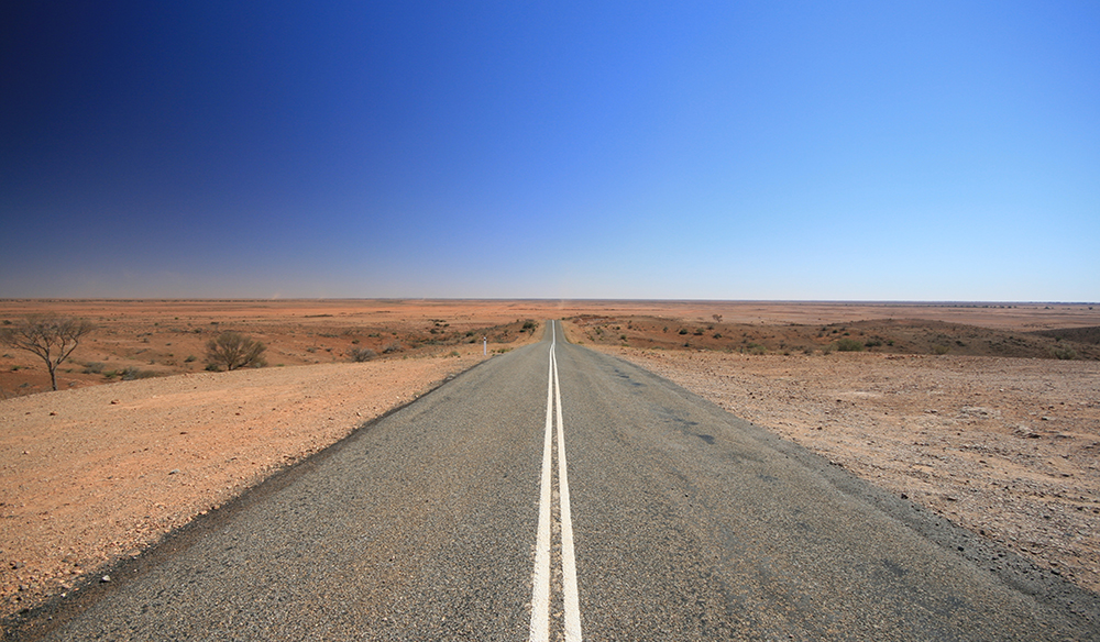 The outback road to Broken Hill