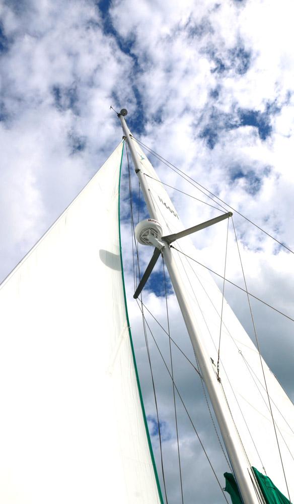 Whitehaven Whitsunday Islands sailing bareboating