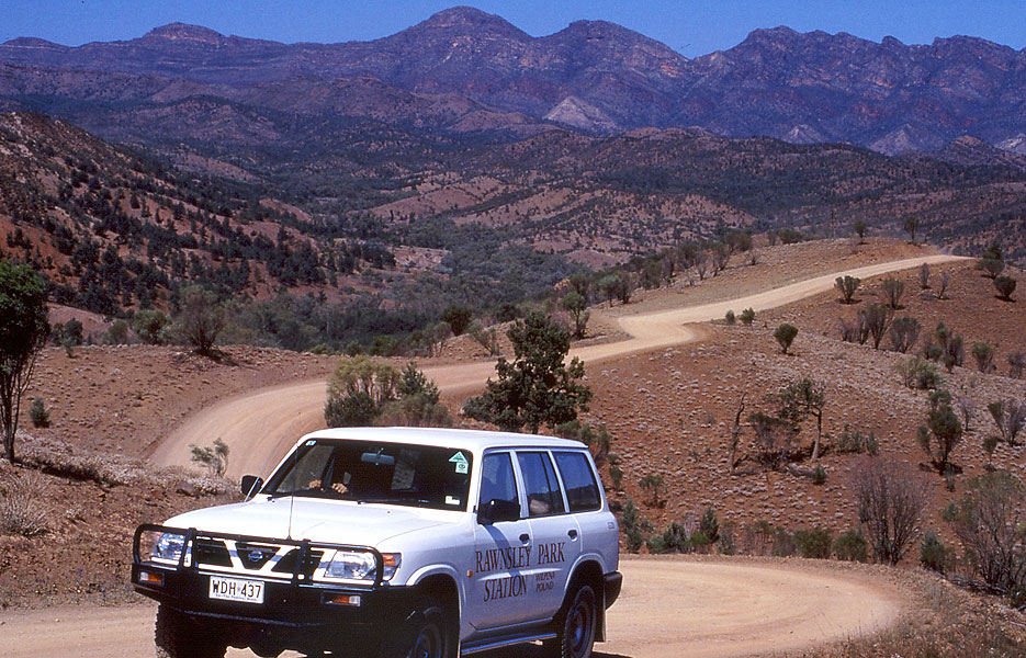 4wd in the Flinders Ranges. Image courtesy of Rawnsley Park Station.