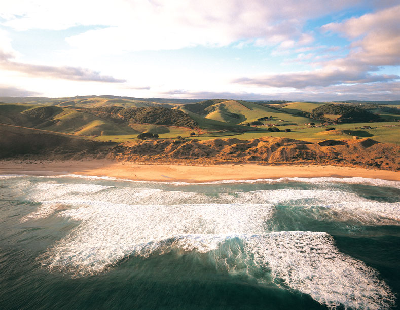 Great Ocean Road. Image courtesy Visions of Victoria