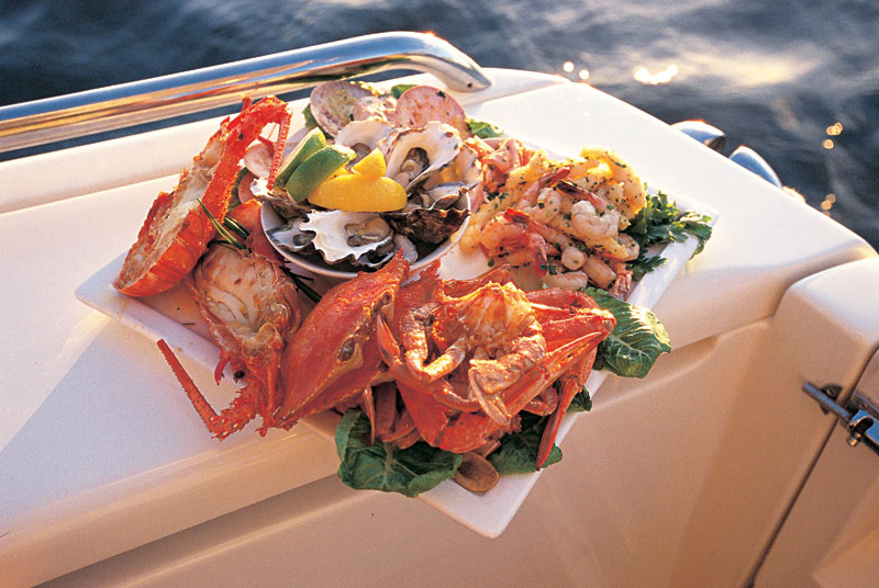 A fresh Perth seafood platter. Image by Tourism WA