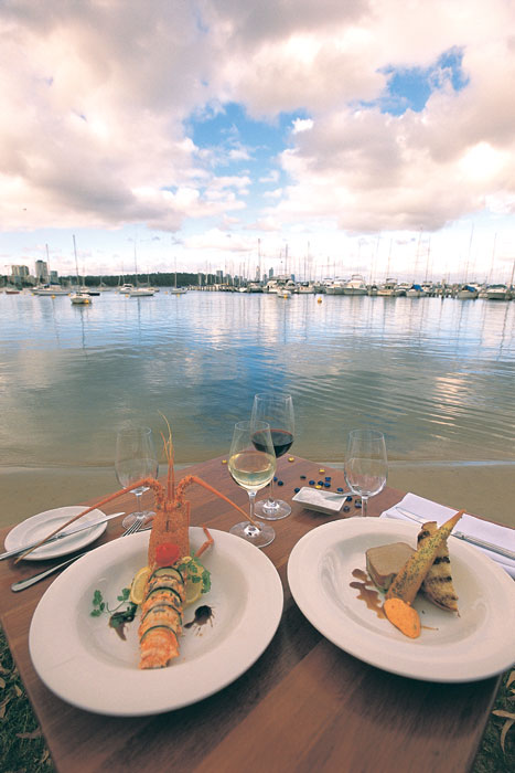 Fine riverside dining at Matilda Bay Restaurant. Image by Tourism WA