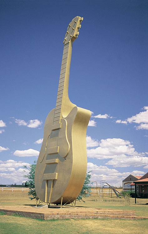 Tamworth's big guitar. Modelled on the Golden Guitar Awards for Country Music. Image by Tourism NSW