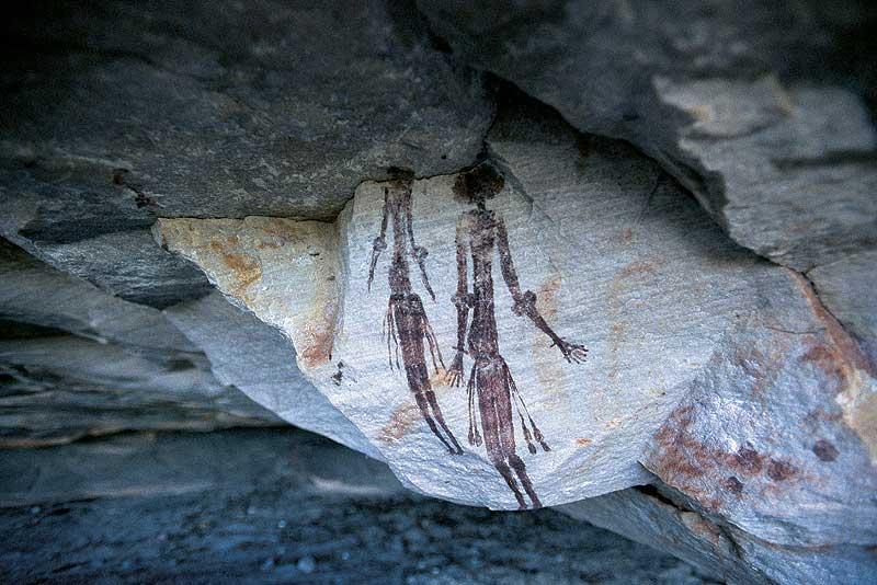 Ancient Gwion rock art. - WA Tourism