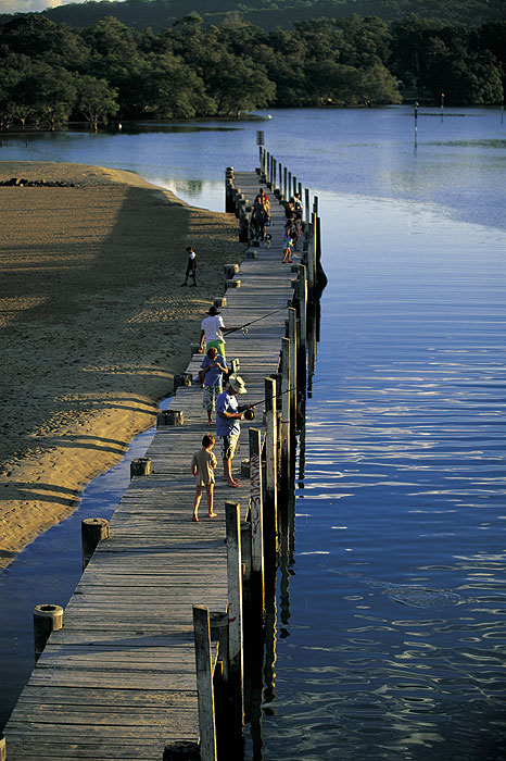 Fishing from the jetty in South West Rocks. Image by Lee Atkinson