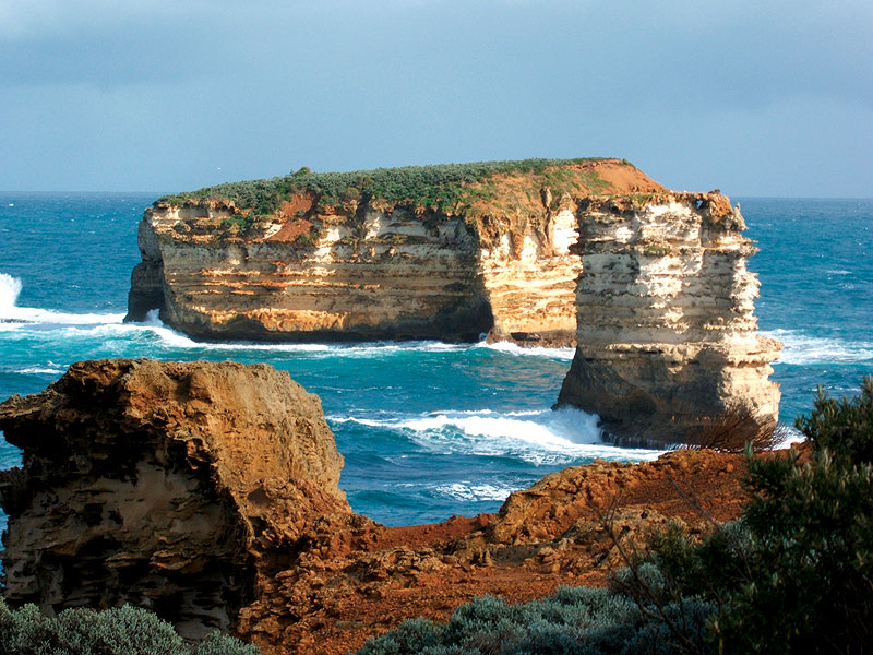 The view of the Great Ocean Road from near Port Campbell. Image by Mandy Blake