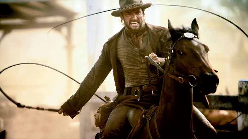 Hugh works his trusty stockwhip. Image courtesy of 20th Century Fox.