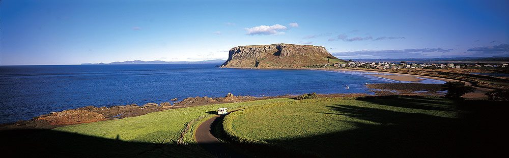 On the way to the Stanley Cabin and Tourist Park at the foot of The Nut. Image by Tourism Tas