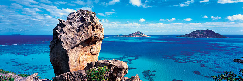 Overlooking Blue Lagoon from a high vantage point on Lizard Island. Image by Ken Duncan