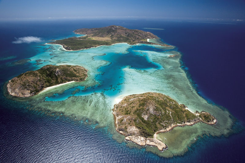 Lizard Island is the largest in a cluster of six that form the Lizard Island National Park. Image by Tourism Qld