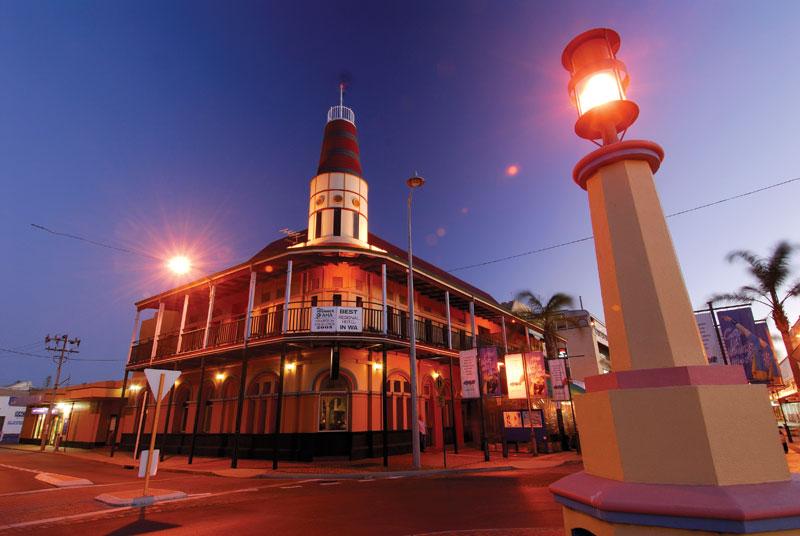 Freemason's Hotel, Geraldton. Image by Tourism WA