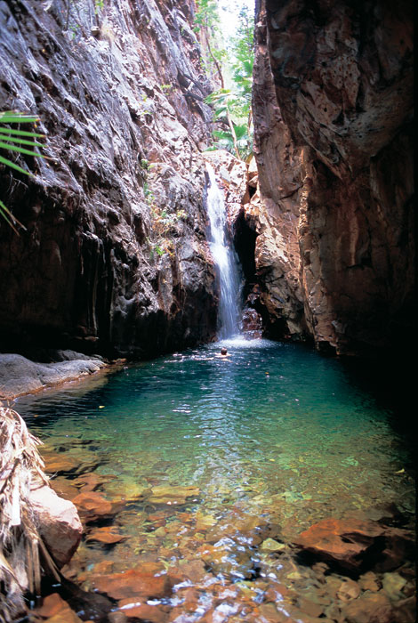 Outback swimming pool. Image by Tourism WA
