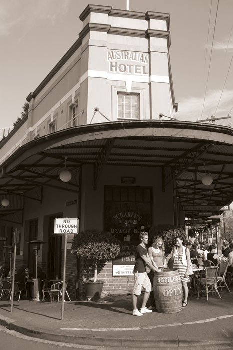 The Australian Hotel. Image by Tourism NSW