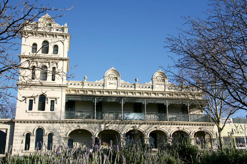 Yarra Glen Grand. Image by Tourism VIC