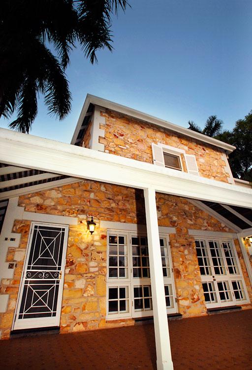 The white verandah.