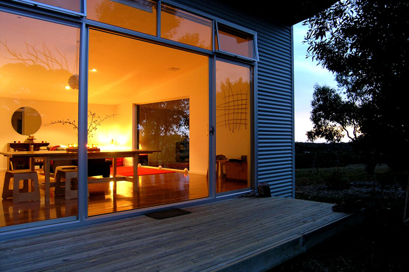 Deep Creek Retreat is a holiday home for which the absence of plasma screens, iPod docks, gourmet kitchens and spa baths is the selling point.