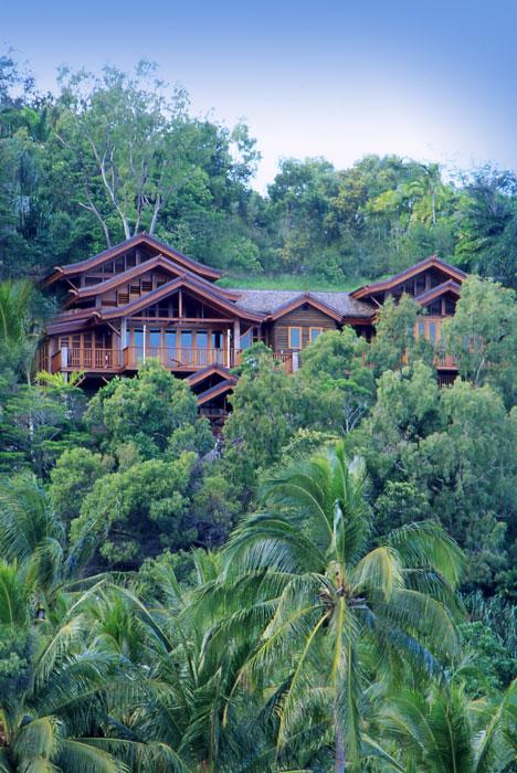 Villa Empat Puluh Dua in Port Douglas. Image by Villa Empat Puluh Dua