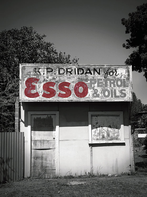 An old gold shop at Lexton, near Vic's famous Golden Triangle, about an hour south of Dunolly.