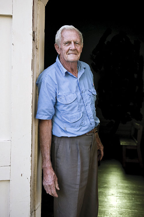 My Community Winner Old Rupe by Ushi Grant Born and raised in Rutherglen, Rupe came to live in the Myrtleford/Eurobin area in 1945. He was a local hops-grower for many years, and is now retired and enjoying spending time in the area with his family.