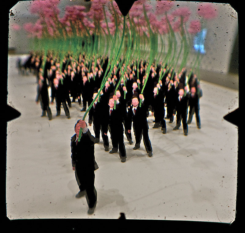 Zhu Weibing, Ji Wenyu, People holding flowers.
