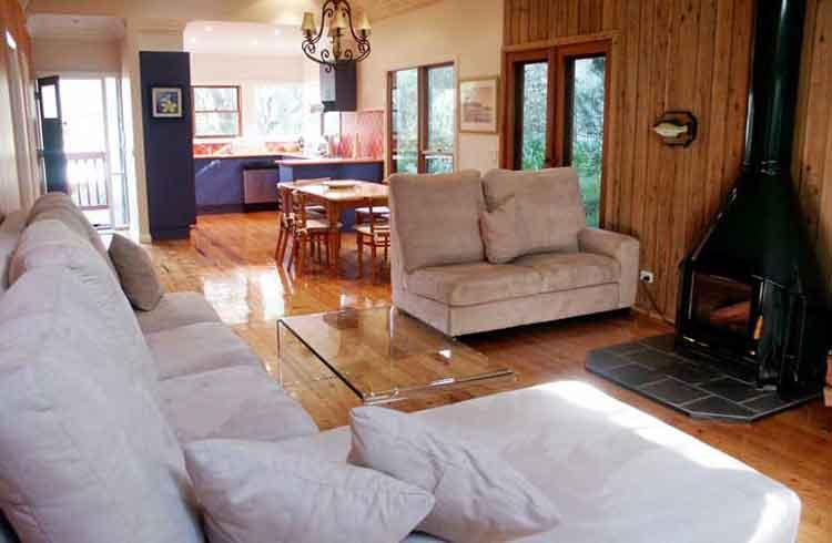 The Frangiapani holiday home near Lorne