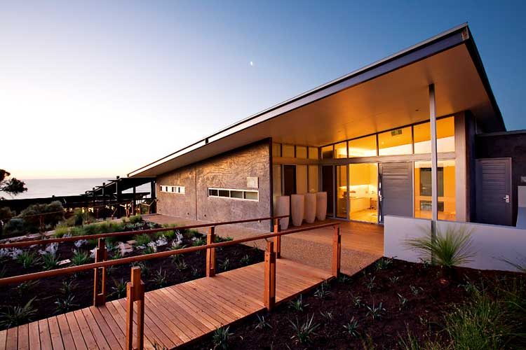On a girls road trip to the Margaret River you could stay at the amazing Injidup Retreat