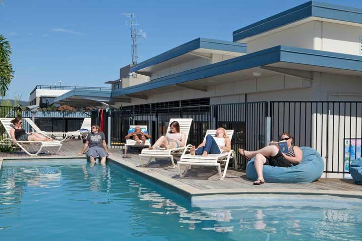 The rooftop pool YHA at Brisbane YHA