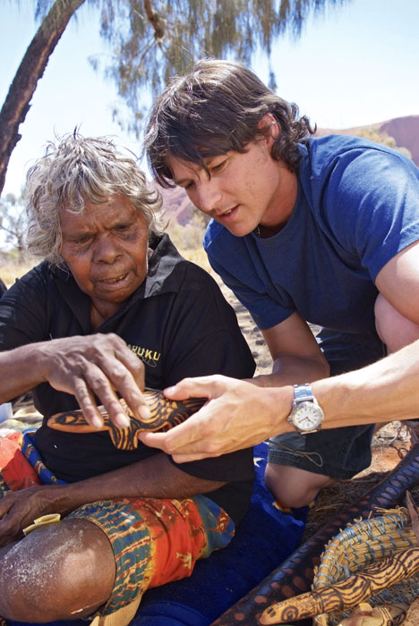Aboriginal Artist at Uluru Cultural Centre