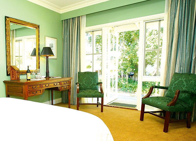 Glen Isla House - Green Room.