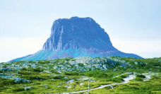 Best-Adventure-Holiday-Destination-title-image