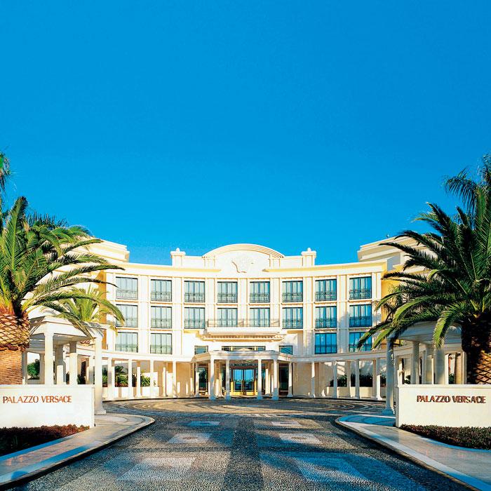 2011 Readers 39 Choice Awards Best Luxury Hotel