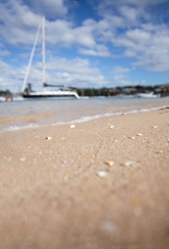 Take your shoes off and enjoy the clear water of Clontarf Beach. In this part of Middle Harbour, you can sit and relax with a quieter outlook of The Spit.