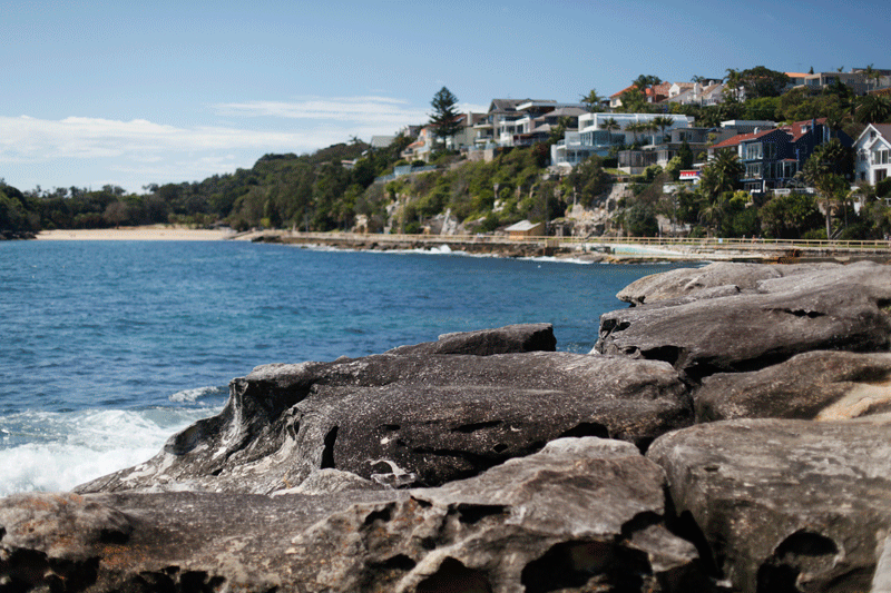 The most scenic way to reach Shelly Beach is through the easy walkway made from Manly.