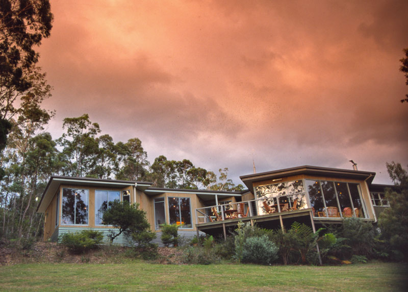 Simple, comfortable lodge rooms overlook the calm river: Gipsy Point Lodge, Mallacoota