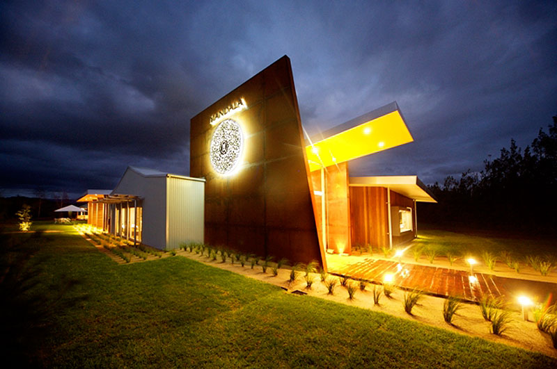 Mandala Wines has produced wine in the Yarra Valley for just over three years and in mid-2008 opened their cellar door and restaurant, which focuses on locally grown produce.