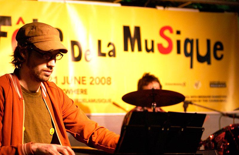 Mr Rascal at Fete da la Musique.