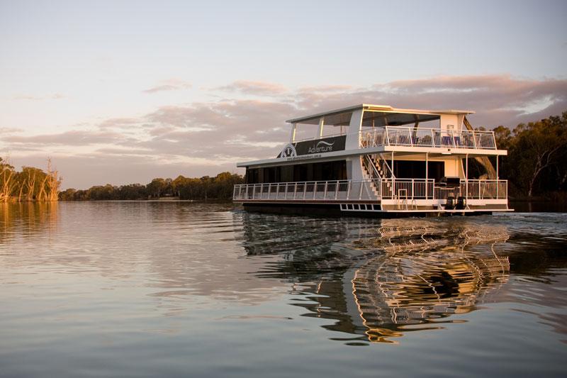 Mildura Houseboat. Mildura Tourism